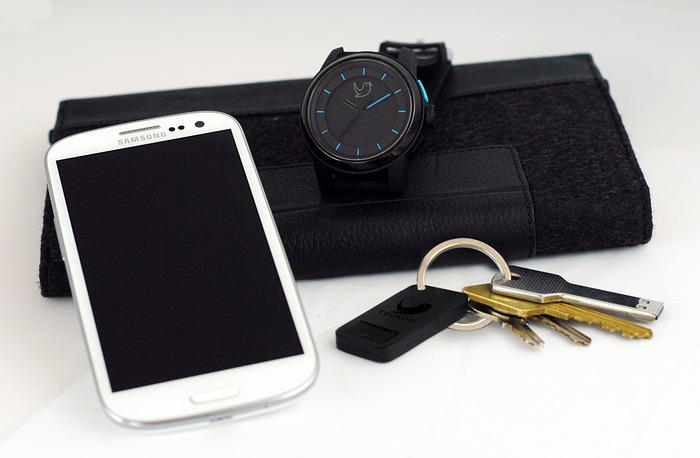 Samsung Galaxy SIII, COOKOO Watch and Keychain Prototype