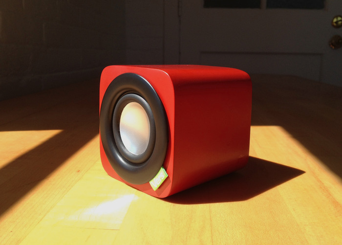 1Q in limited edition Red Beech