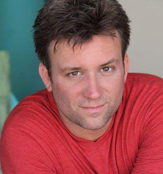 Deacon Ledges as Oscar