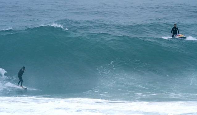 Derek Surfing