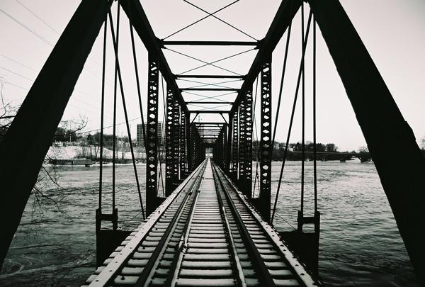 crack bridge