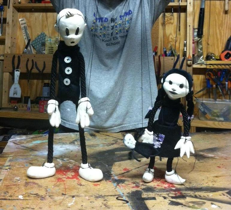 Lyon Hill marionettes. The original puppet offered in the $1000 reward will be in this style.