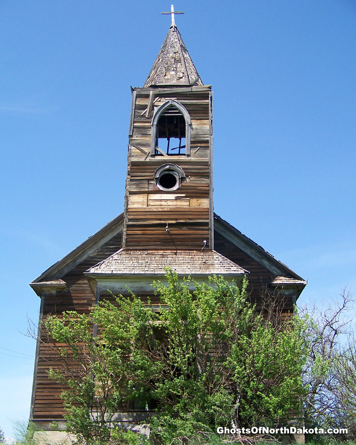 The steeple on this church collapsed one year after this photo was taken.