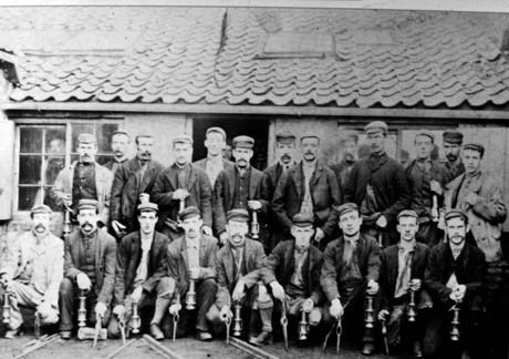 Miners with lamps – Horden 1900-1909