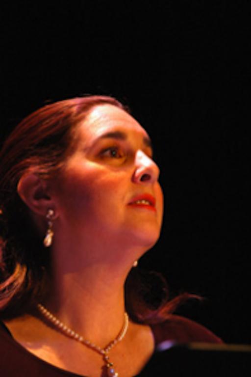 Robin Ginenthal, soprano