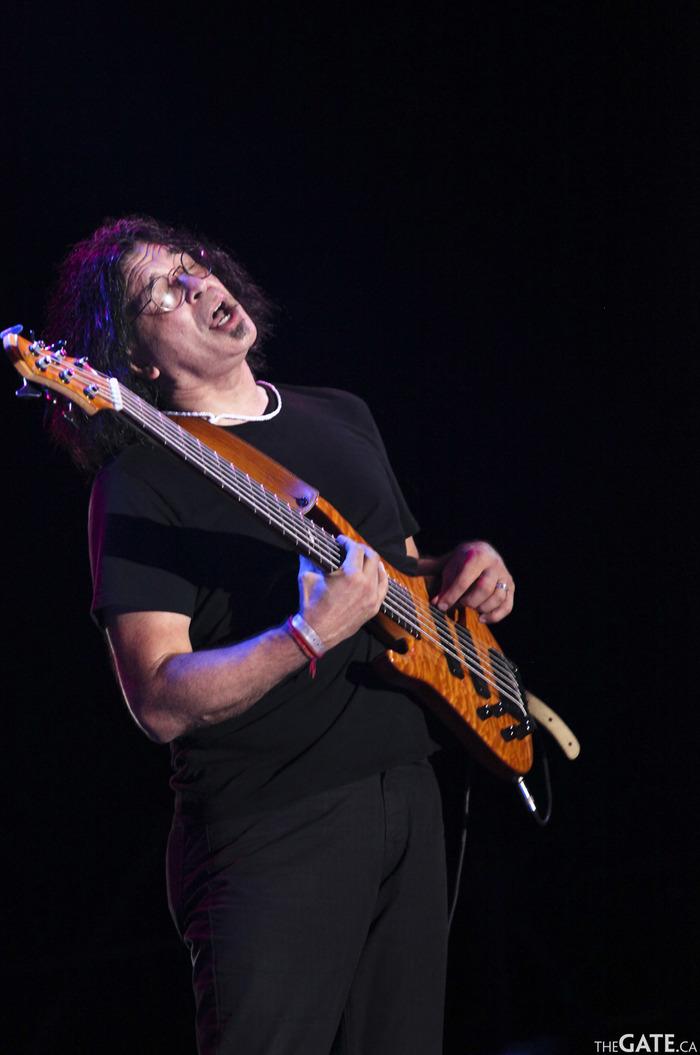 Jimmy Haslip, electric bass