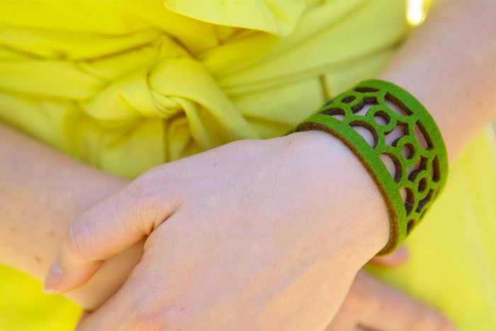 Green Botanical Style Bracelet