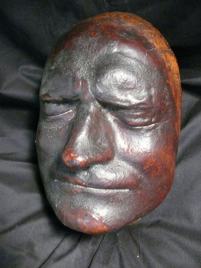 Sir Isaac Newton's death mask