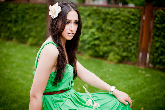 Model wearing a Tapigami hair accessory