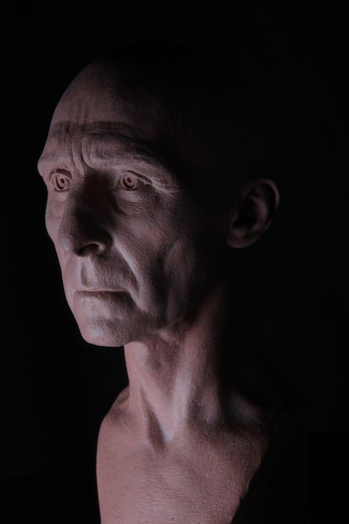 Nicholas Grimshaw's deceased father, Harrison Grimshaw. (Sculpture by Mitch Devane).