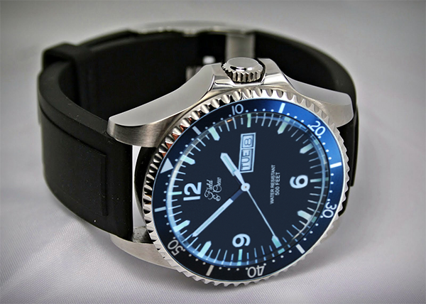 Heritage Watch with our Rubber Watch Band