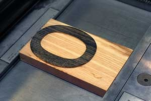 "wood type of the letter ""o"""