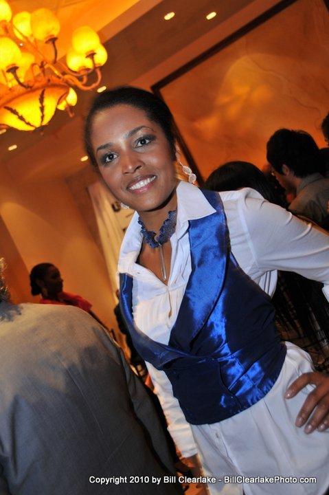 24'' Creita blue necklace