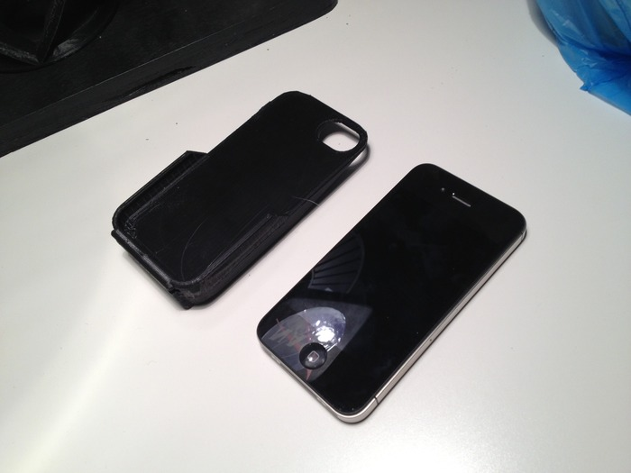 1st scale concept print of Infinity Cell for iPhone 4S form factor.