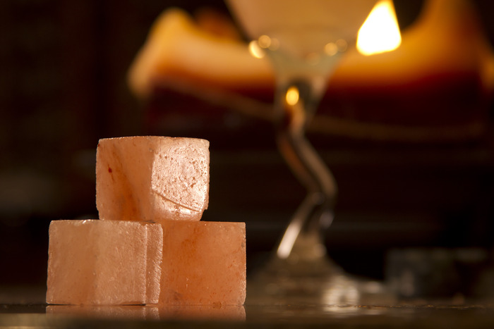 Himalayan Salt Rocks - One set includes 5 salt rocks that will add the perfect amount of style & salt to your tequila or margaritas.