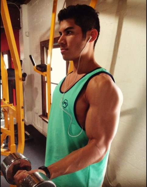 Work Out with Ravee Apparel