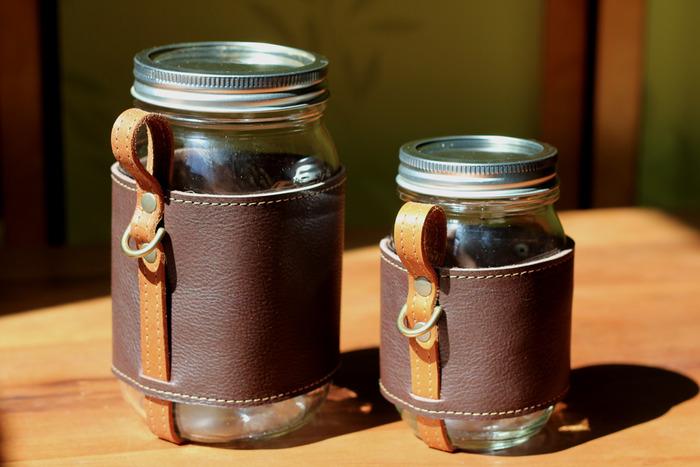 Quart and Pint Chug-A-Lug.  Color: Stout