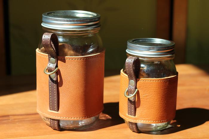 Quart and Pint Chug-A-Lug.  Color: Hemlock
