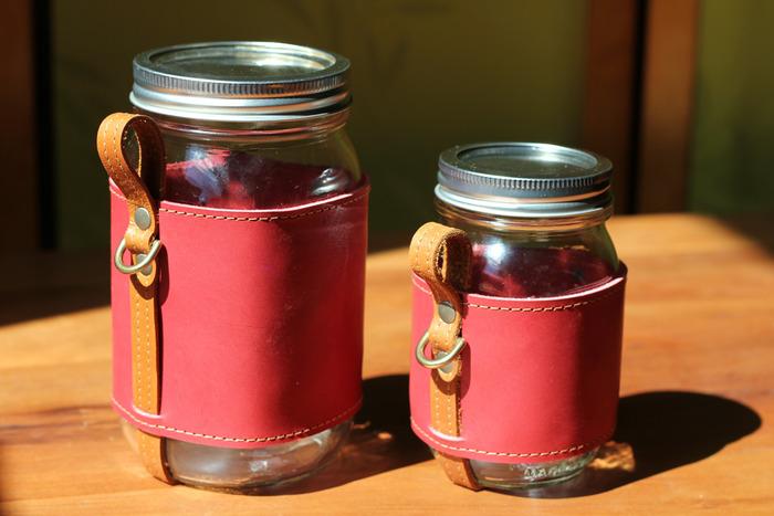 Quart and Pint Chug-A-Lug.  Color: Apple