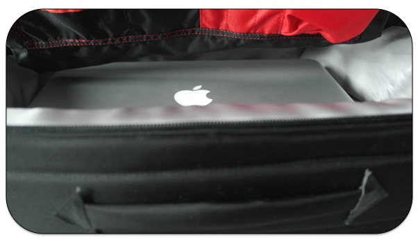 """Macbook pocket ideal for laptops up to 15"""""""