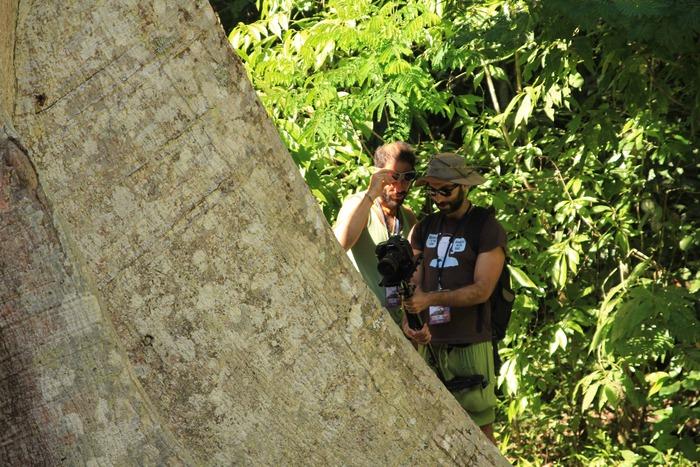 Rodrigo Goribar y Daniel Alanis en Tikal, Guatemala.