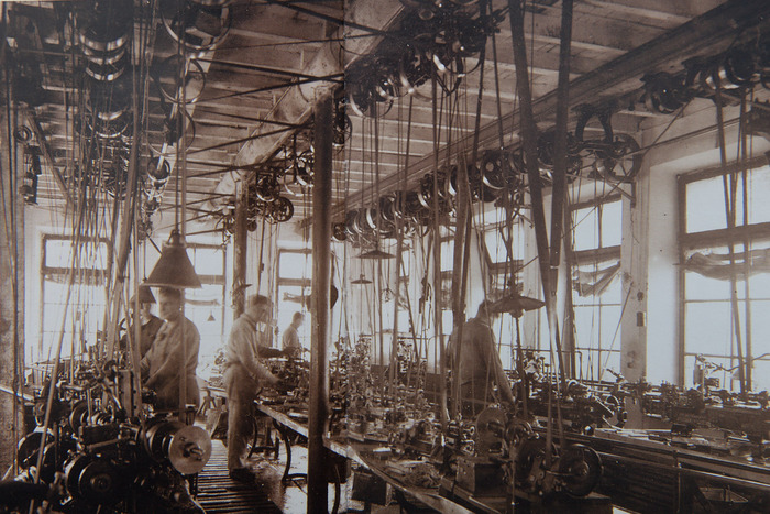 mechanical ateliers  A.Manzoni & Fils around 1900