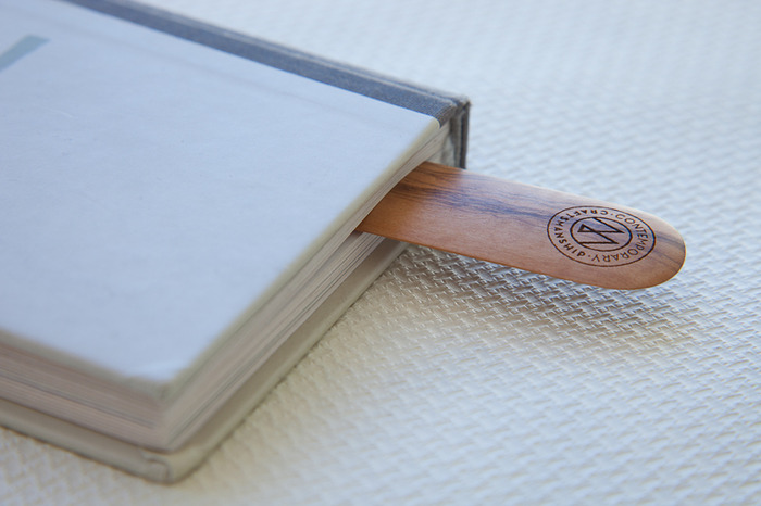 reward US$175 limited edition (8888 pieces) bookmark from craftsman Ghianda for A.Manzoni & Fils 9.8 x 1.2 inches (25 x 3 cm)