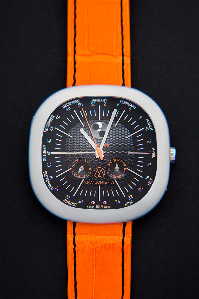 reward 5000 US$ Canopus Weekplanner Dialversion CWP02 black/black with orange leatherstrap