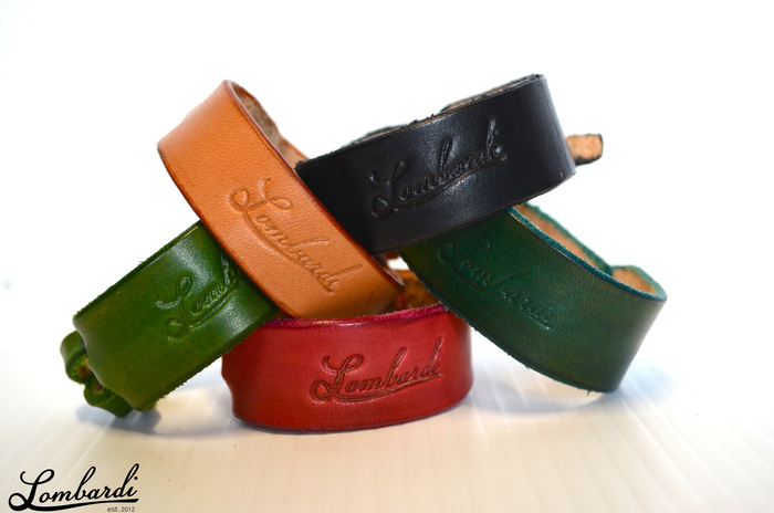 Lombardi Leather Buckle-Less Knot Bracelet