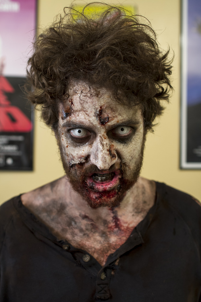 Ian Bratschie as the zombie