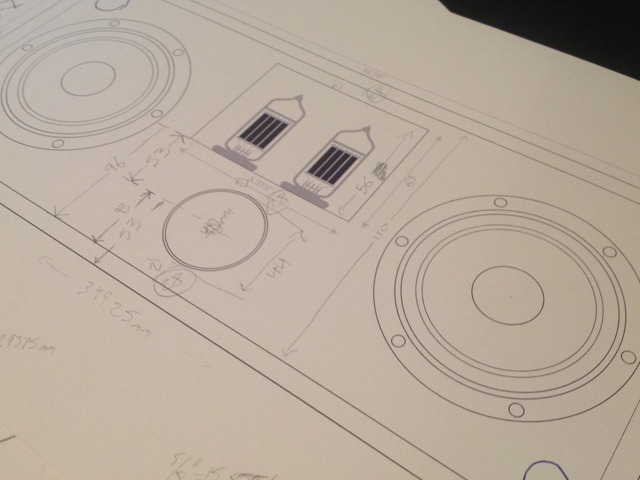 The earliest scale technical drawing of the original Duo prototype. Notice the front mounted volume knob.