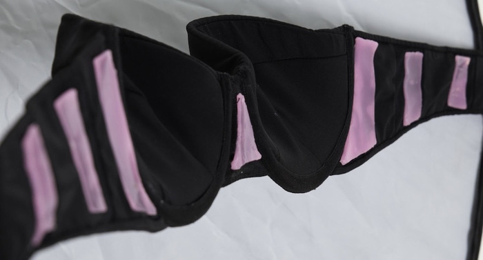First prototype of the Kellie K Apparel strapless bra with the Special Edition pink GeckTeck lining