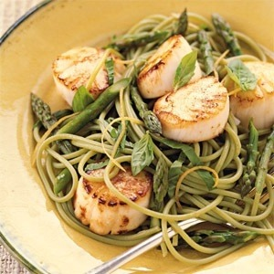Spinach linguine is great with seafood!
