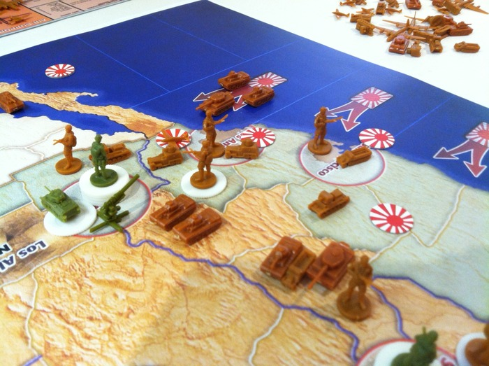 Pieces shown here are used to demo the game and are different from those included in AMERIKA.