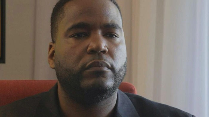 """DR. UMAR JOHNSON is a Psychologist who practices privately throughout Pennsylvania and lectures throughout the country. He is considered an authority on mental health in the Black community. He is also in the hit documentary series """"Hidden Colors""""."""