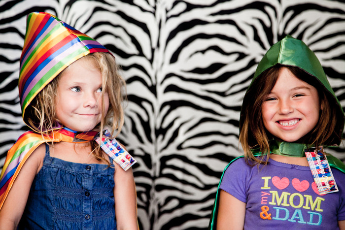 pop up kiddos in our photo booth :)