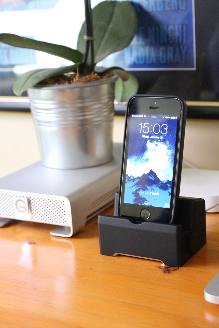Compliment to your workspace with the Infinity Dock