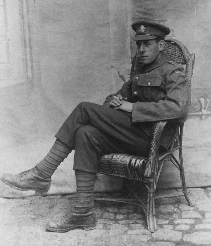 Robert Crowder died at Passchendaele in 1917 aged 21