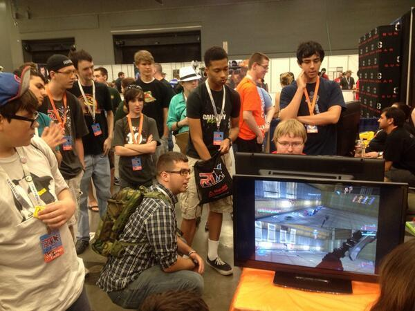 The crowd at the RTX 2013 Grifball booth