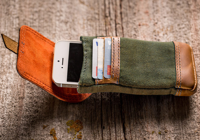 Olive with Whiskey Leather