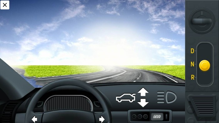 Gyro steering and acceleration. Working gearshift, indicators, brake and reverse lights, and much more!