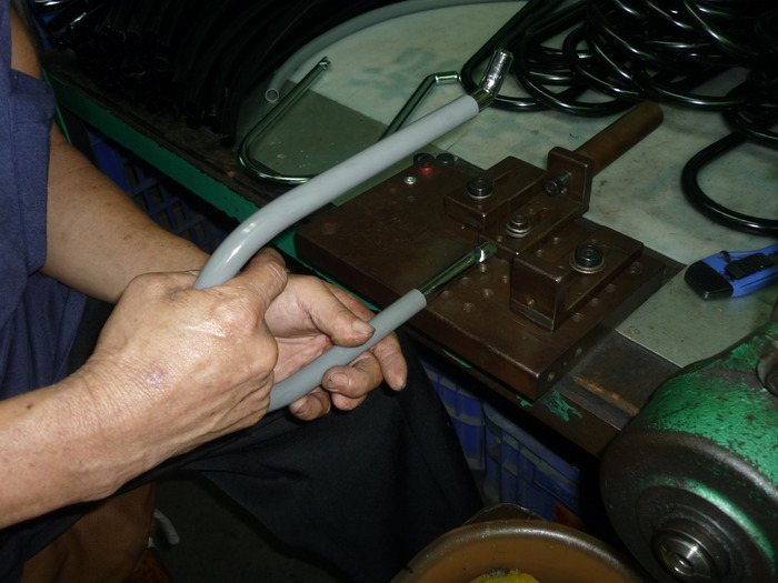 assembling of the cover on the U-bar