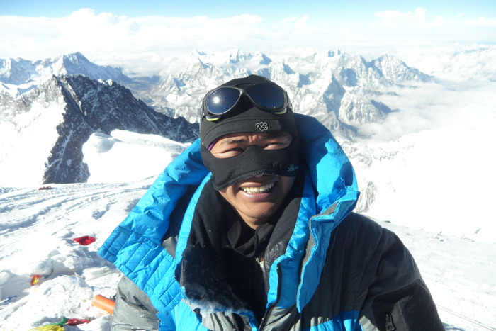 On Mt. Everest, guide Chhiring Dorje uses his faceGlove with lots of puffy, high collars.