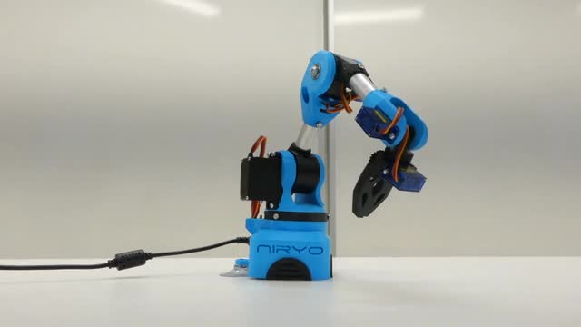 Niryo One, an open source 6 axis robotic arm, just for you
