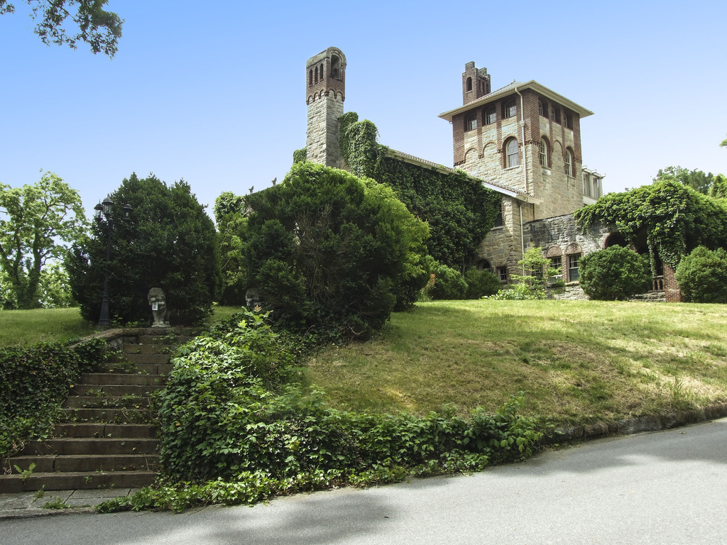 Save The Oaks Castle! Create an Arts Center.'s video poster