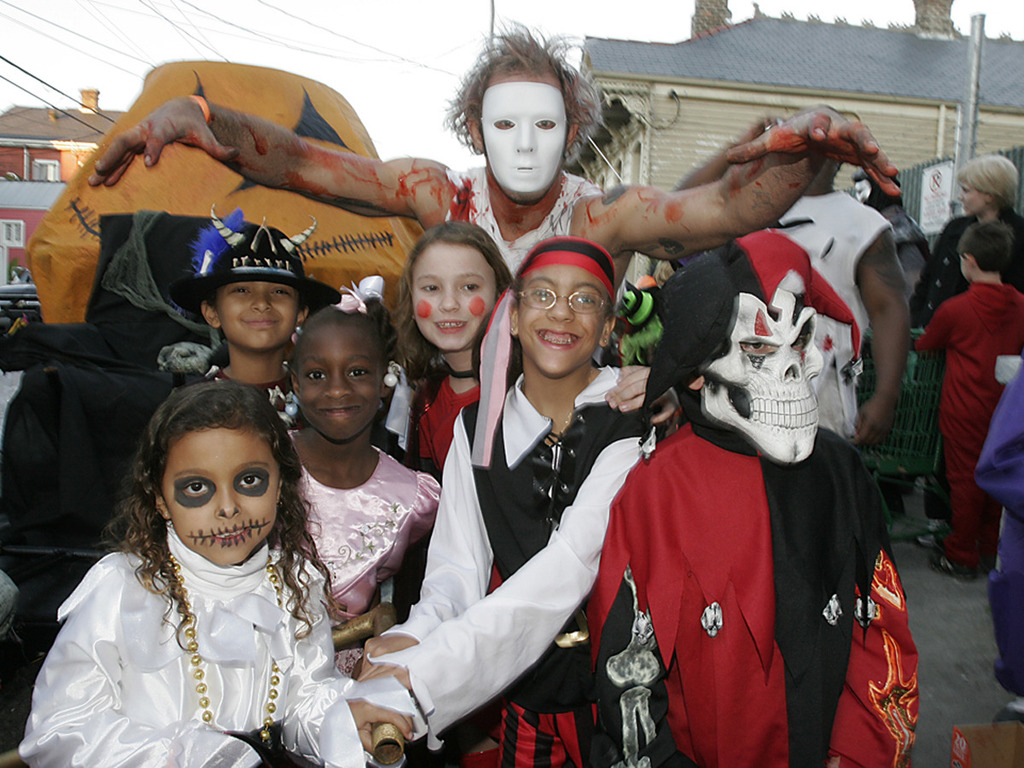 The New Orleans 6t'9 Social Aid & Pleasure Club's 6th Annual Halloween Parade!'s video poster