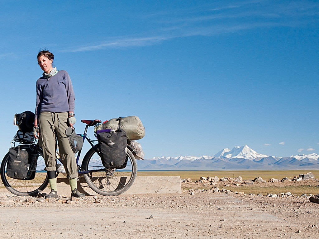 Wander Cyclist: Invisible China and Her Borderlands's video poster