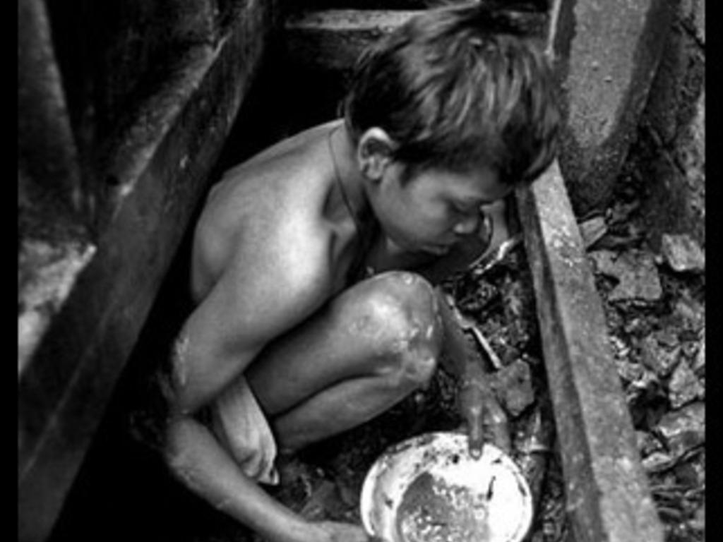 Golden Hands - Photo Documentary's video poster