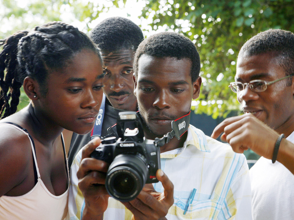 FotoKonbit photography workshop: Haiti Through Haitian Eyes's video poster