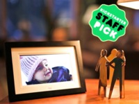 Skylight: Beam Photos To A Frame In Your Loved One's Home